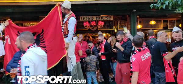 Stambolli kuq e zi, TKZ gati për ndeshjen