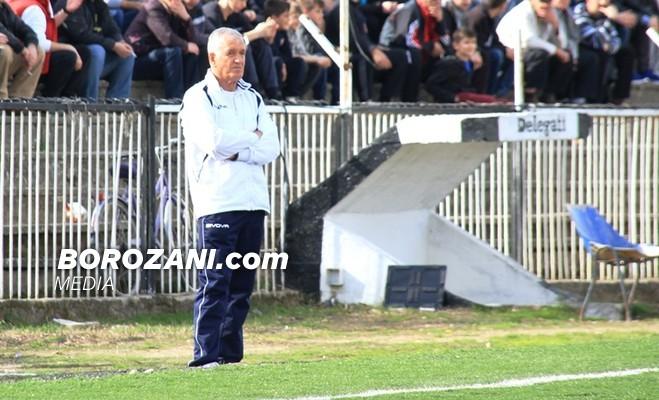 Liria zyrtarizon trajnerin e ri