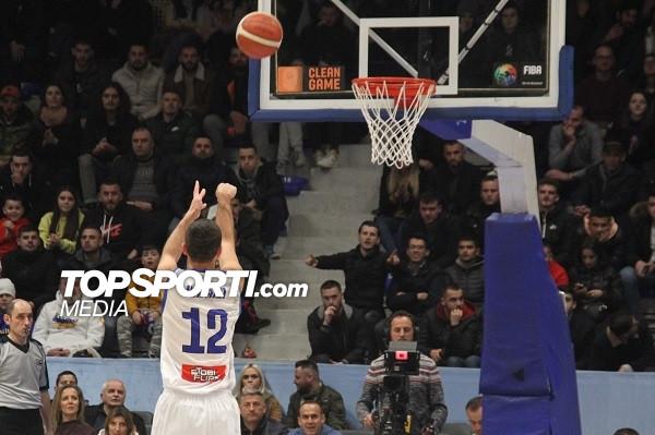 Kosova 5 pikë në epërsi pas çerekut të parë
