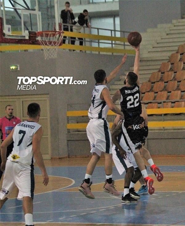 Mbyllet pjesa e parë në ndeshjen Prizreni-16 - Rahoveci