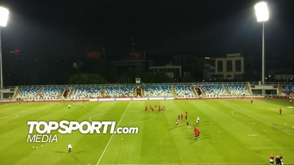 Feronikeli vs. Milan, 11-shet startuese