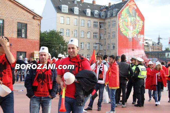 Tifozat Kuq e Zi, në Kopenhagë