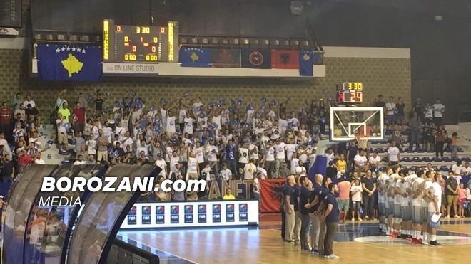 Mosrespektimi i himnit, gjobitet Kosova