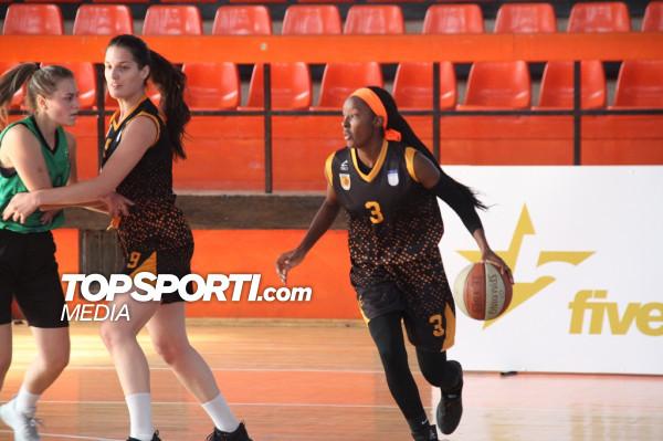 Khadija Brown shkëlqen, seria ngritet në 11 ndeshje