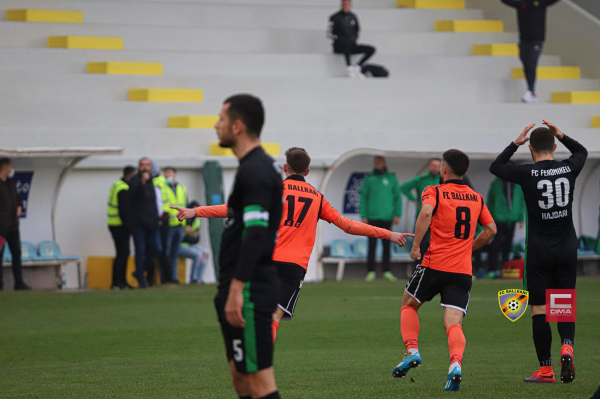 3 pikë për Ballkanin, Shkëmbi fiton duelin e trajnerëve nga Shqipëria