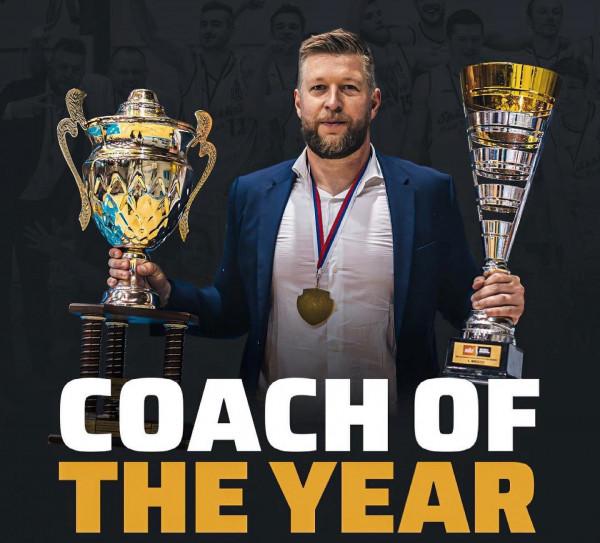 Trajneri i dorëhequr i Prishtinës, shpallet trajner i vitit në Sllovaki