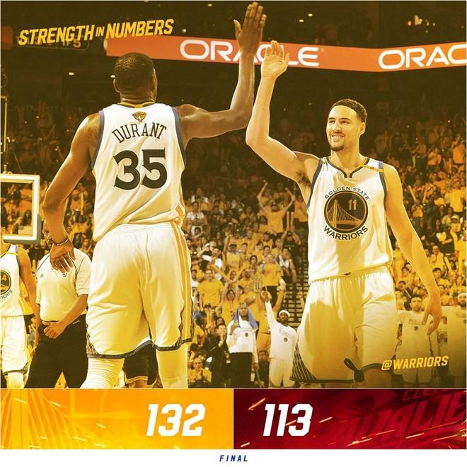 Curry triple-double, Warriors kryejnë gjysmën e punës