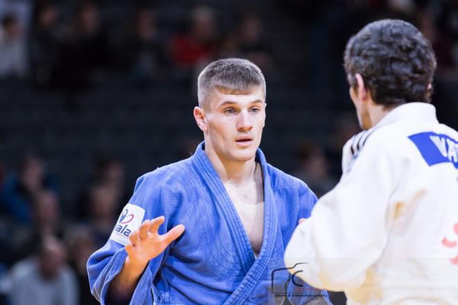 Edhe Akil Gjakova siguron medalje!