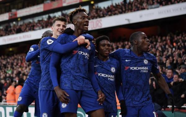 Chelsea thërret lojtarët