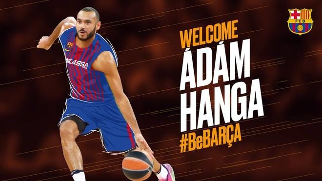 Adam Hanga kalon te Barcelona