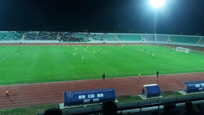 Ndeshja e reflektorëve nuk nxjerri fitues në Mitrovicë
