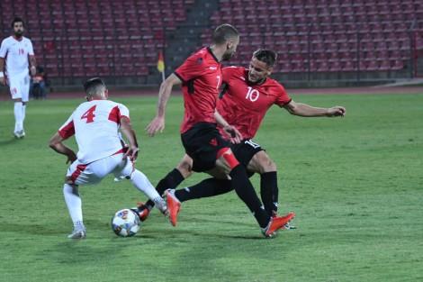 Dominon Shqipëria, por mungon goli
