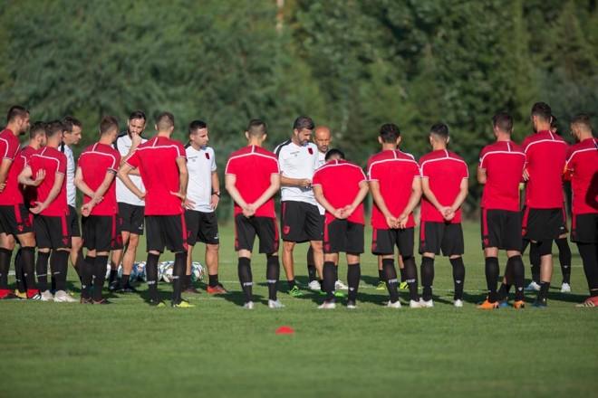 Stërvitja e parë për ndeshjen ndaj Izraelit