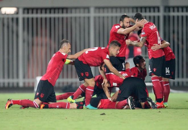 Shqipëria kryen vitin në TOP 50 të botës