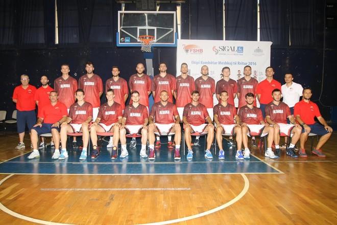 Qiproja 40+ ndaj Shqipërisë