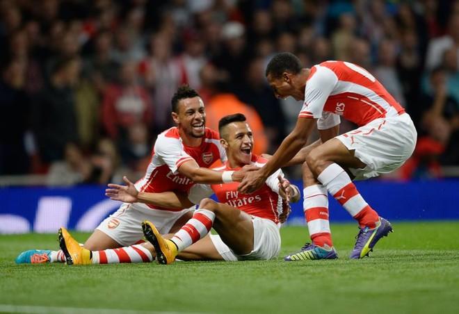 Dora dhe penalltia e Sanchezit për fitoren e Arsenalit
