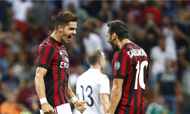 """Milan """"eliminon"""" Shkëndijën në ndeshjen e parë"""
