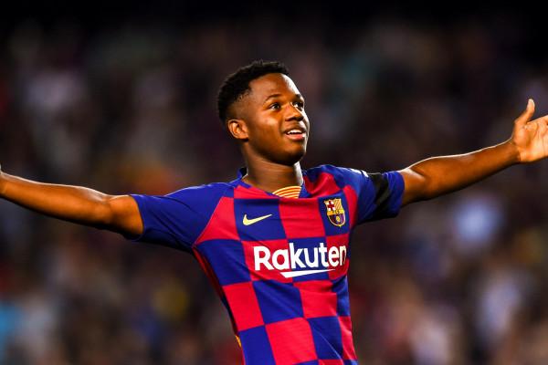 Manchester United 150 milionë për Fati, Barcelona refuzon