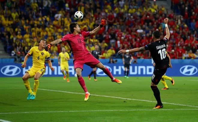 Super Sadiku, i katërti në histori të golashënuesve
