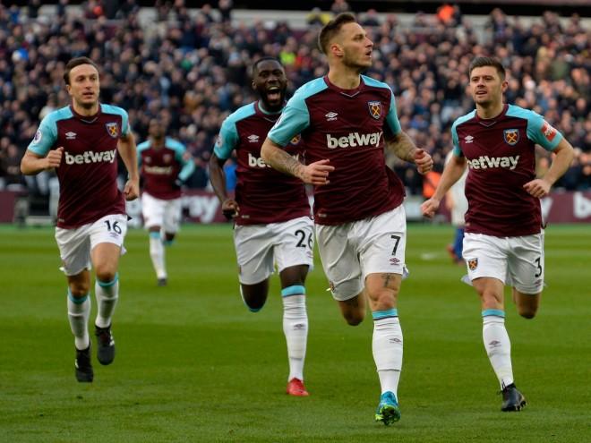 West Ham mposht kampionin, fitorja e parë e Moyes
