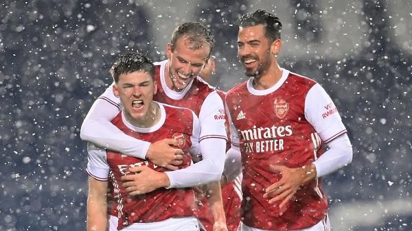 Këndellja vazhdon, e treta me radhë për Arsenalin