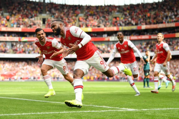 Ceballos shkëlqen, Arsenali fiton