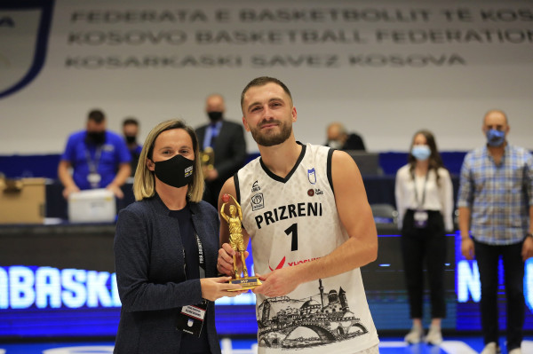 Arti Hajdari, MVP i Superkupës