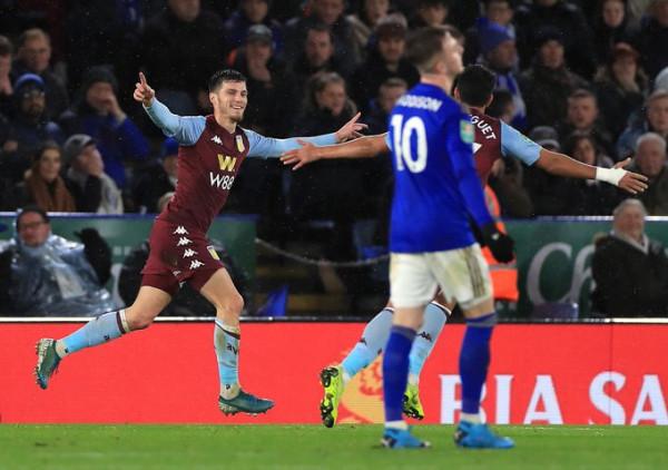 Aston Villa befason Leicesterin, arrin finalen e Kupës!