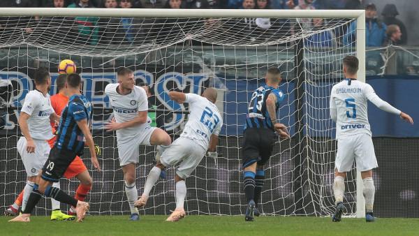 Dyshja shqiptare në formë, ndalet seria e Interit