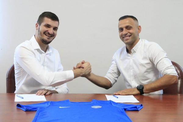 Kapiteni legjendar përfundon karrierën si futbollist, nënshkruan si trajner i ri i klubit