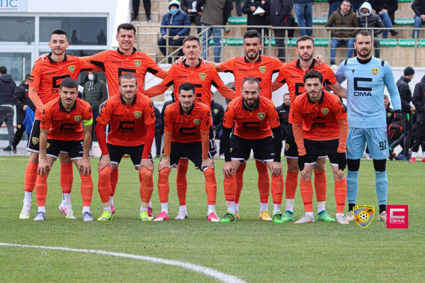 Ballkani zyrtarizon trajnerin pas largimit të Bledi Shkëmbit