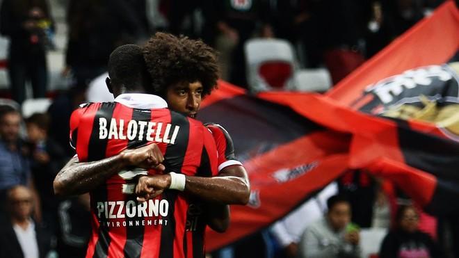 Balotelli bën Nicen lider