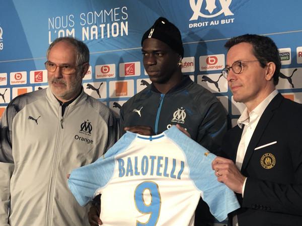 Kompletohet transferimi i Balotellit
