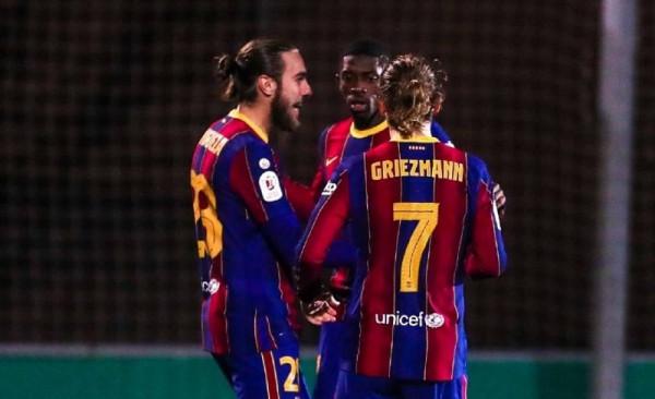 Dy penallti të humbura në kohë të rregullt, për tu kualifikuar në vazhdime!