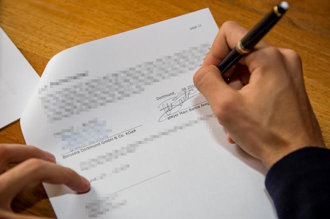 Bartra nënshkruan me Dortmundin