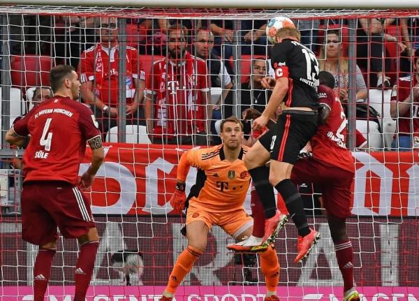 Eintracht befason dhe përmbys rekord-kampionin gjerman