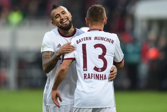 Kundërshtarët gabojnë, Bayerni nuk fal