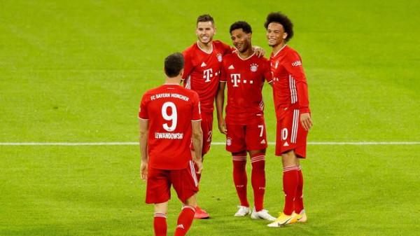 Gnabry hat-trick, Bayern 8-she Schalkes