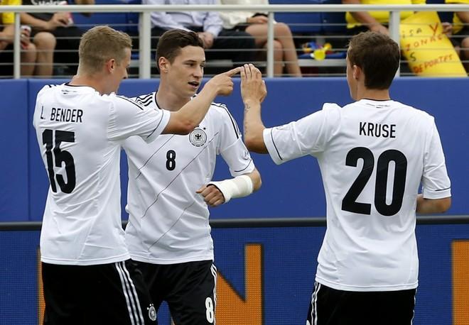Gjermania publikon skuadrën, mungon Mustafi