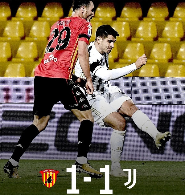 Pa Ronaldon, Juventusi ndalet nga Beneventoja