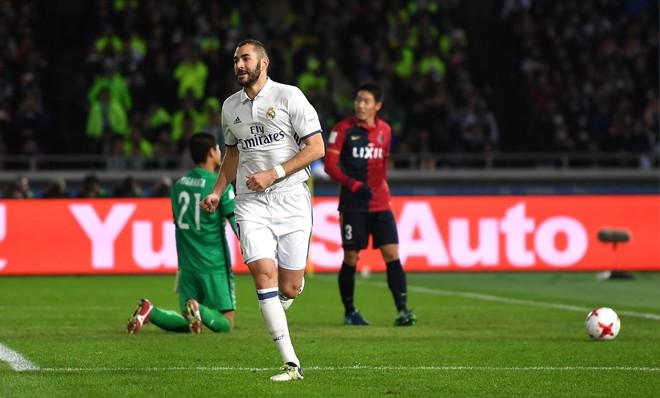 Ronaldo hat-trick, Reali kampion i Botës