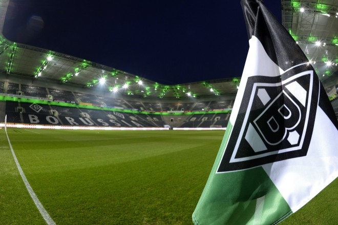 Futbollistët e Gladbachut falin rrogat për të ndihmuar klubin