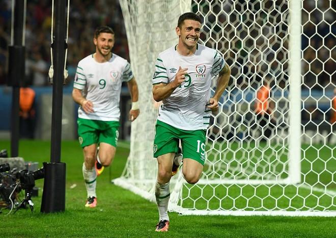 Irlanda mposht Italinë dhe siguron kualifikimin