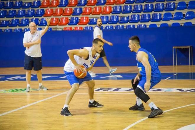 Nisin stërvitjet në Gjakovë