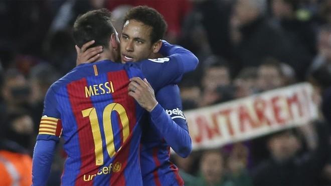Barça shkel gjithçka para vetes