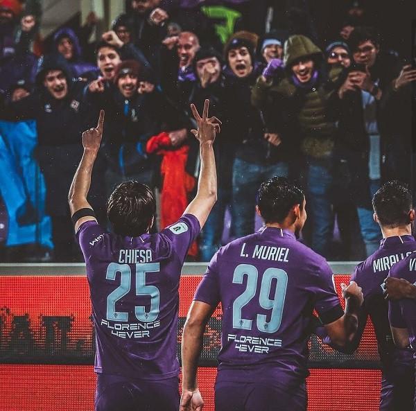 Fiorentina turpëron Romën