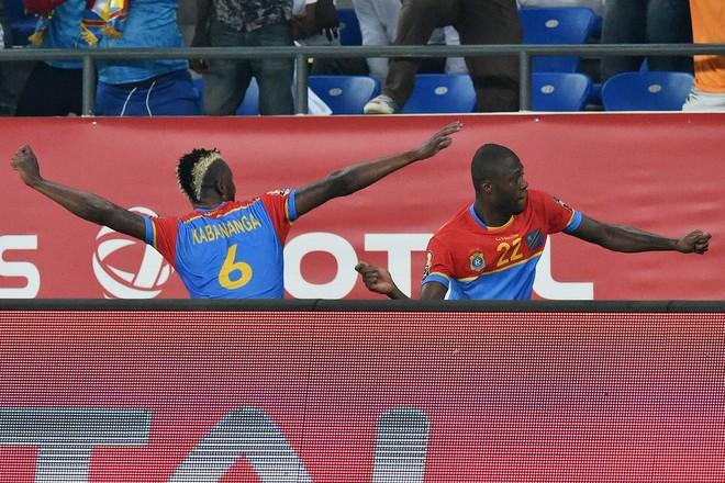 Kongo merr kryesimin e Grupit C me fitore