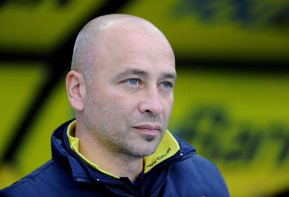 Shkarkojnë trajnerin që i ngriti në Serie A?!