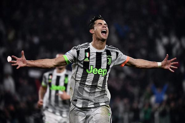 CR7 nxjerr penallti dhe shpëton Juventusin ndaj Genoas me lojtar më pak