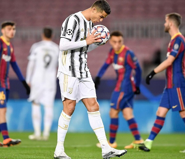 Juventusi tregon fuqinë, kryen grupin si lider